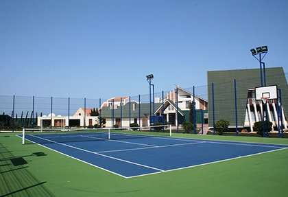 Outdoor tennis court for personal usage in Shuvalan settlement