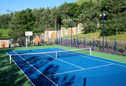 Private tennis